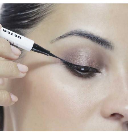 Eyeliner líquido de precisión. Negro